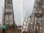 pembuatan-menara-bambu-100-meter-di-tanjung-tengah-kabupaten-ppu-untuk-peringati-sumpah-pemuda_20171016_171706.jpg