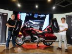 penyerahan-2-unit-honda-gold-wing_20180421_154240.jpg