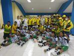 pertandingan-pertama-tim-sepak-bola-kalimantan-timur-kaltim-pon-papua.jpg