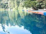 pintu-masuk-wisata-danau-dua-rasa-atau-labuan-cermin-nampak-sunyi-karena-pemerintah.jpg