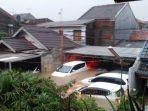 poldametro-banjir-sepinggang-orang-dewasa-di-jl-lembah-aren-vii-rw-09-pondok-kelapa.jpg
