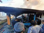 proses-pemadaman-api-di-jalan-bengkirai-rt-4-kelurahan-gunung-lingkas-919191939.jpg