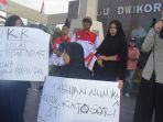 protes-ppdb-di-nunukan_20170705_123054.jpg