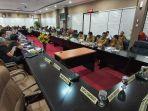 rapat-dengar-pendapat-umum-komisi-gabungan-dprd.jpg