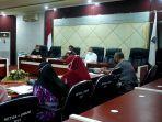 rapat-evaluasi-penyusunan-laporan-kerja-pertanggungjawaban-lkpj-yang-dipimpin-oleh-sekretaris.jpg