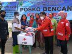 relawan-pmi-berau-mengantarkan-bantuan.jpg