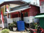 rumah-keluarga-mangapara-bercat-merah-putih-di-desa-aji-kuning-fix-lagi.jpg