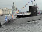 rusia-luncurkan-kronstadt-kapal-selam-pertama-tidak-butuh-akses-oksigen-di-atmosfer_20180921_223156.jpg