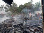 salah-satu-bangunan-yang-ludes-terbakar-dalam-musibah-kebakaran009.jpg