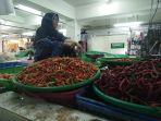 salah-satu-pedagang-sayur-di-pasar-taman-rawa-indah-tamrin-bontang-sofia-51.jpg