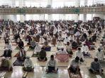 salat-id-di-masjid-agug-tanjung-redep-82822.jpg