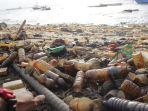 sampah-bercampur-minyak_nalendro-priambodo_20180725_022311.jpg