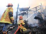 situasi-pemadaman-api-di-gunung-malang-balikpapan-senin-572021.jpg