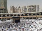situasi-terkini-masjidil-haram-jelang-salat-jumat-1272019.jpg