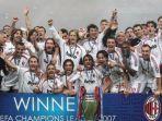 skuad-ac-milan-memenangkan-liga-champions-2007.jpg