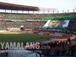 stadion-gelora-bung-tomo-alias-gbt-markas-persebaya-surabaya.jpg