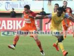 striker-pbfc-diadang-barito-putra_20160807_195555.jpg