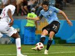 striker-uruguay-edinson-cavani-kanan_20180701_075808.jpg
