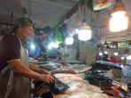 suasana-di-blok-ikan-pasar-pandansari-balikpapan-minggu-2692021-pagi-tr.jpg