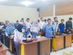 sumarsono-beri-materi-jurnalistik-online_20180829_134834.jpg