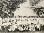 teks-sumpah-pemuda-otentik-dan-lengkap-sejarah-lagu-indonesia-raya-diperdengarkan-pertama-kalinya.jpg