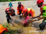 tim-gabungan-saat-mengevakuasi-korban-tenggelam-di-sungai-kelay-tepatnya.jpg