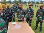 tim-pelaksanaan-tembakan-dari-batalyon-armed-18komposit-buritkang-menggelar-latihan.jpg