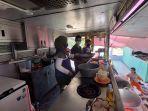 tim-relawan-dapur-rakyat-memasak-untuk.jpg