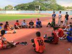 tim-sepak-bola-kaltim-yang-dipersiapkan-untuk-berlaga-di-pon-xx-2020-papua.jpg