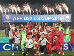 timnas-u-22-indonesia-merayakan-keberhasilan-sebagai-juara-piala-aff-u-22-2019.jpg