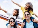 travelecocom-mtribunnewscom-ilustrasi-liburan-bersama-keluarga.jpg
