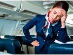 traveller24com-ilustrasi-pramugari-kesal-kepada-penumpang-pesawat.jpg