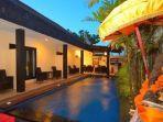 traveloka-andari-legian-hotel-hotel-murah-dekat-trans-studio-bali.jpg