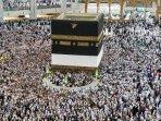umat-muslim-berkeliling-di-sekitar-kabah-di-masjidil-haram.jpg
