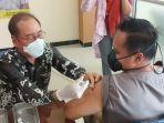 vaksinasi-dosis-pertama-masyarakat-umum-menggunakan-jenis-moderna.jpg