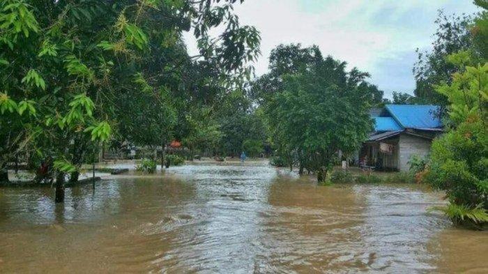 BMKG: 16 Provinsi di Indonesia Berstatus Waspada Banjir Bandang yang Dipicu Hujan Lebat