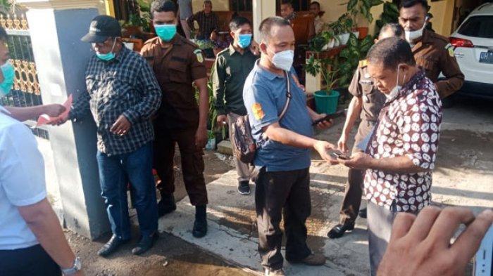 2 Saksi Palsu Kasus Korupsi Tanah Labuan Bajo Ditangkap di Rumah Pengacara