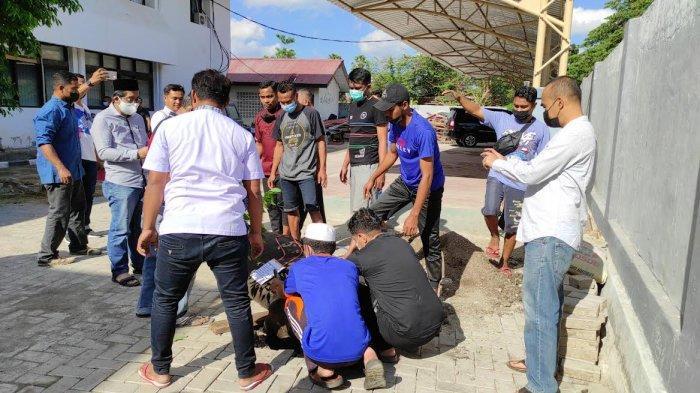 Kemenkumham NTT Salurkan Daging Kurban untuk Panti Asuhan dan Masyarakat di Kota Kupang