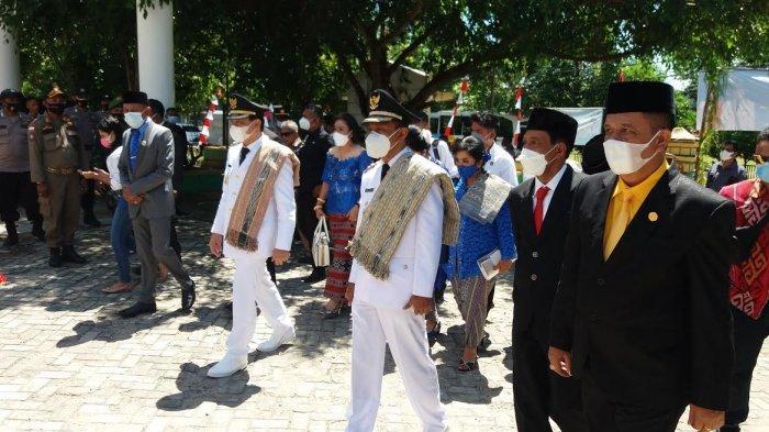 Bupati dan Wakil Bupati Belu Tiba di Gedung DPRD Belu
