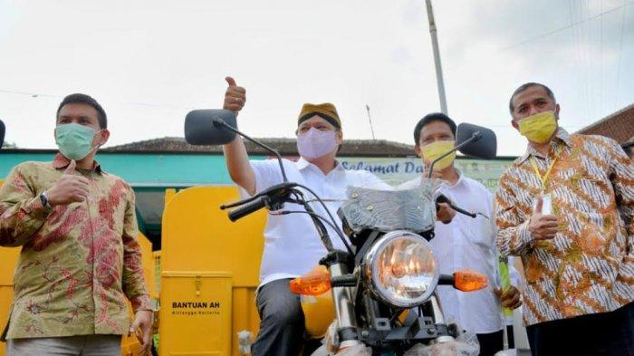 Menko Airlangga Kampanye Makan Telur Ayam, Masuk Rekor Muri
