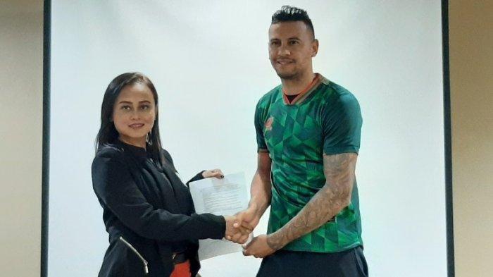 Mario Gomez Boyong 19 Pemain Bentrok Persikabo, Bauman Disiapkan vs Persib Bandung Info