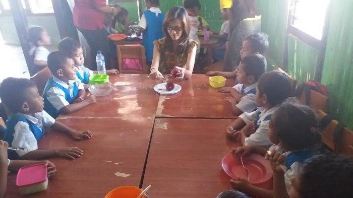 Anak PAUD Ekklesia Airkom Mendapat Bantuan PMTAS dari Donatur Singapura