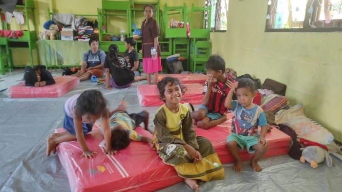 Ibu Hamil dan Anak-anak Korban Bencana Banjir di Adonara Flotim Butuh Bantuan Mendesak, Apa?