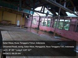 Angin Kencang Porak-Porandakan Atap Seng Kepala Stasi Jaong Satar Mese, Manggarai