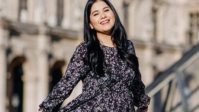 Cantiknya Mantu SBY Kenalan Hijab Jelang Ramadhan, Pesona Annisa Pohan Bikin Pangling