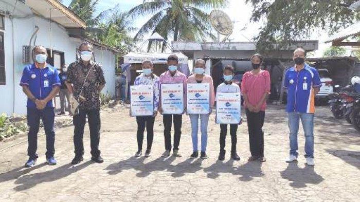 Rayakan HUT ke-59, Bank NTT Cabang Mbay Serahkan Bantuan Pendidikan Bagi Anak Delfina Azi