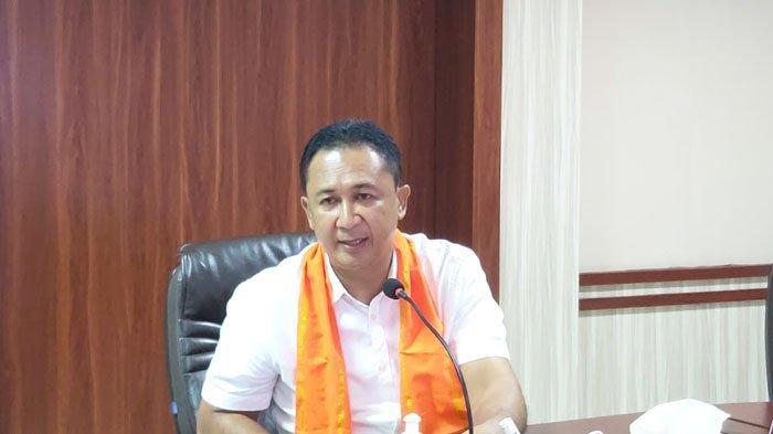Direktur Utama PT BPD NTT, Hary Alex Riwu Kaho
