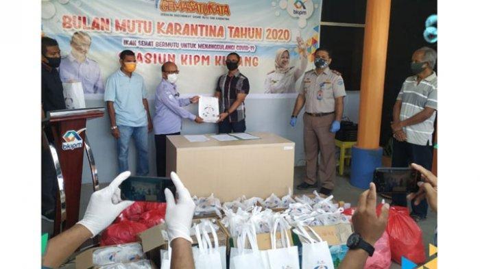Bantu Masyarakat saat Pandemi Covid-19, Stasiun KPIM Kupang Bagi Ikan Segar