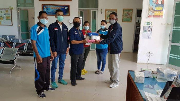 Bantu Pemerintah, MPPI Belu Salurkan 1.200 Masker dan Face Shield ke Tiga Puskesmas
