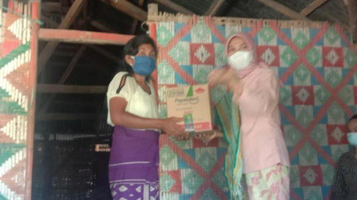 Korban Badai Seroja di Kiritana Kabupaten Sumba Timur Terima Bantuan dari BLU PIP